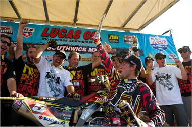 DUNGEY MAKES HISTORY WITH AMA MOTOCROSS TITLE WIN