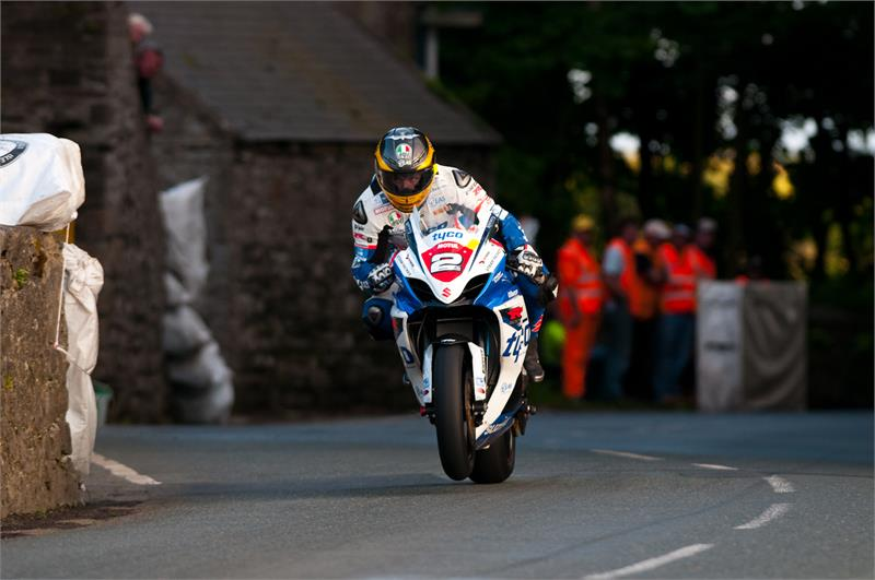 Southern 100- Guy-Martin-3