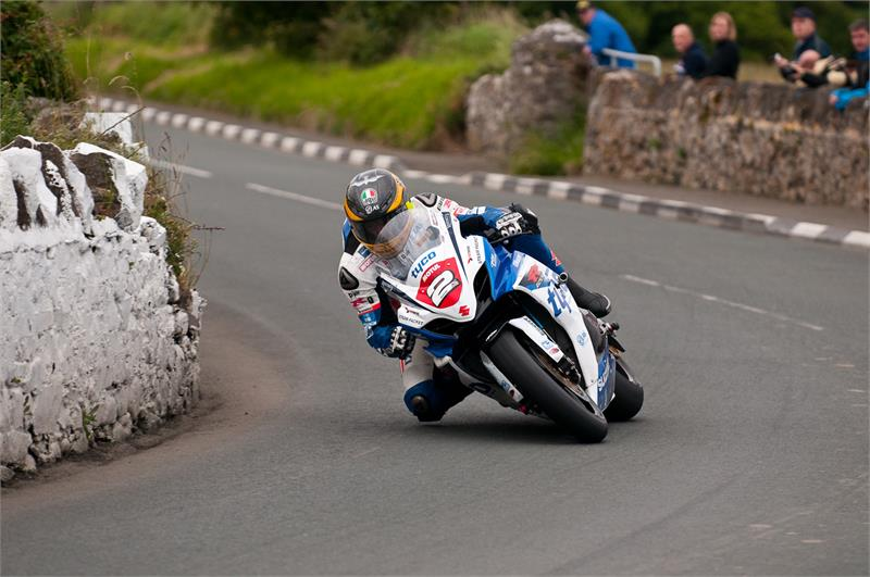 Southern 100- Guy-Martin-2