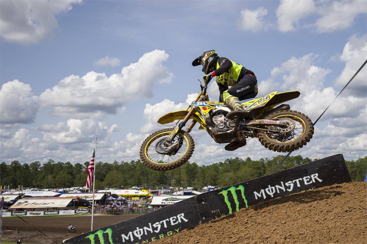 MX2-17-Hunter Lawrence-R22